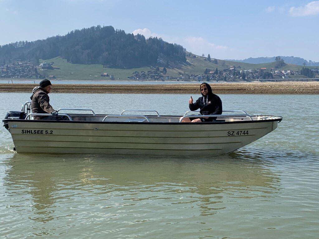 Vermietung offenes, neues Boot